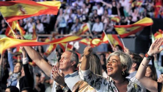 Vox centra al PP de Casado y amenaza la unidad de la derecha