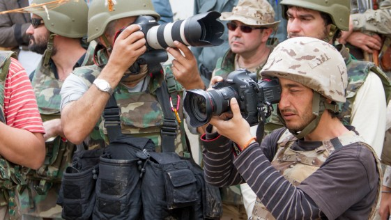 Prensa y militares: levantando el burka informativo en Afganistán