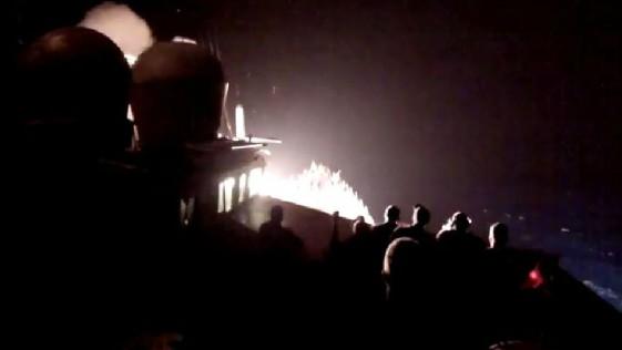 Vídeo: EE.UU. muestra el lanzamiento de misiles «Tomahawk» contra el Estado Islámico
