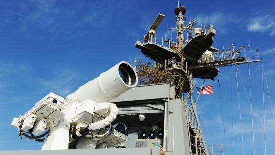 Vídeo: la US Navy prueba su revolucionaria arma láser en el Golfo Pérsico