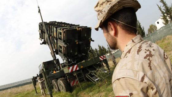 Vídeo: los misiles antiaéreos Patriot del Ejército en Turquía