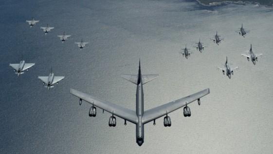 La OTAN y Suecia exhiben poder aéreo sobre el mar Báltico