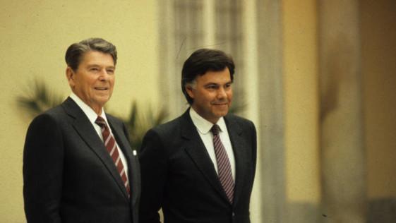 Artículo del embajador Duke Buchan III: «Brindis por la Alianza Militar España-EEUU»
