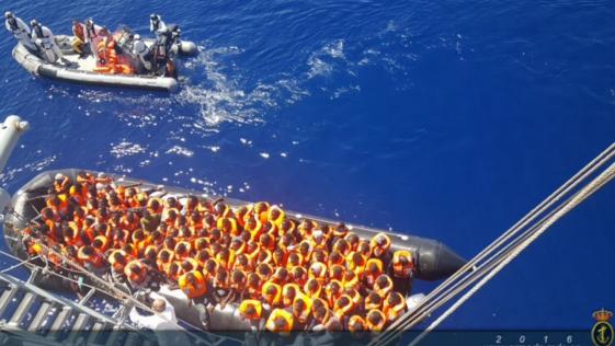La fragata «Reina Sofía» rescata a otras 397 personas en el Mediterráneo