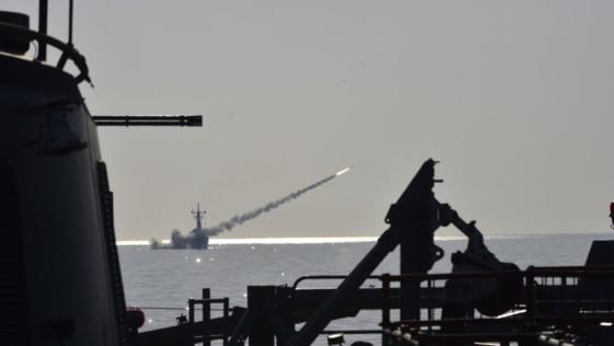Tres fragatas F-80 prueban su misiles «Standard SM-1» en el golfo de Cádiz