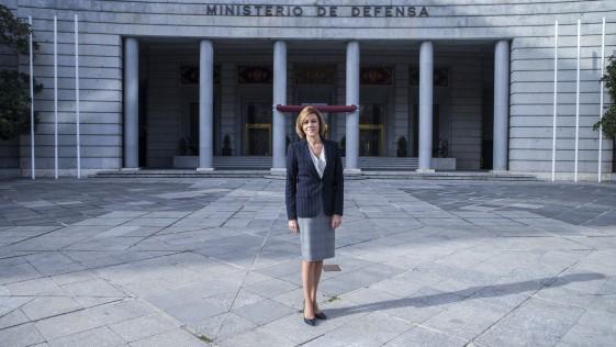 Entrevista con la ministra Cospedal: «España debe actualizar su estrategia de Defensa Nacional»