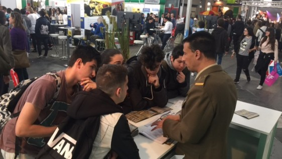 Interés por las Fuerzas Armadas en el Salón de la Enseñanza de Barcelona