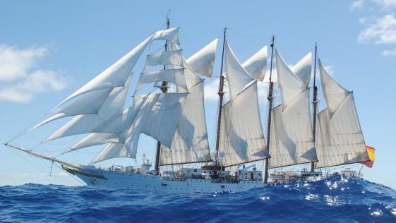 Buque escuela Elcano, ante el reto de cruzar el cabo de Hornos por primera vez