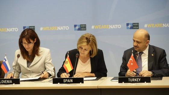 España estudia el envío de hasta 50 militares a Afganistán