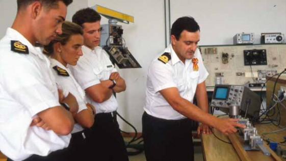 """CN Núñez Torrente: """"En estos 300 años la Escuela Naval Militar ha sido generadora de conocimiento"""""""