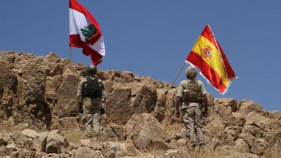 El Ejército libanés ondea la bandera española tras arrebatar territorios a Daesh