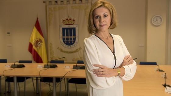 Entrevista con la ministra Cospedal (y II): «El Ejército está preparado para cualquier eventualidad en Cataluña»