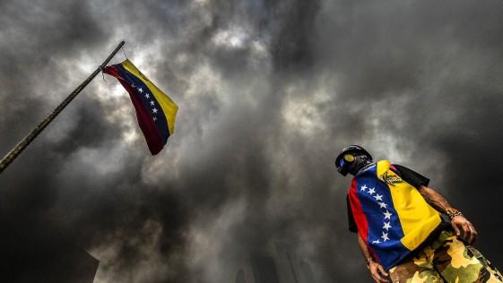 Venezuela, biografía de un suicidio (anunciado)