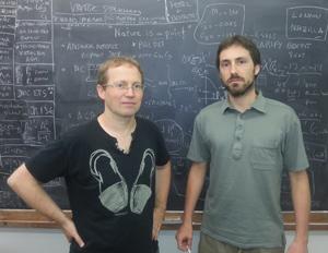 Investigadores españoles encuentran la primera prueba de una Nueva Física, más allá del Modelo Estándar