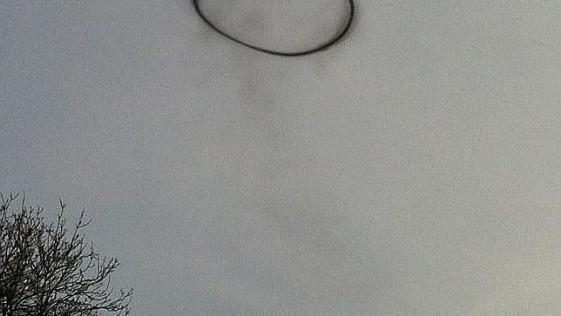Un misterioso anillo negro aparece sobre Gran Bretaña