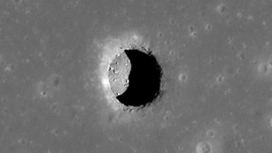 Descubren una cueva gigantesca en la Luna
