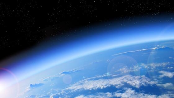 ¿Puede la vida cambiar la rotación de la Tierra?