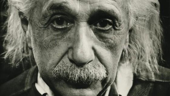 Einstein gana la batalla de las «escalas cosmológicas»