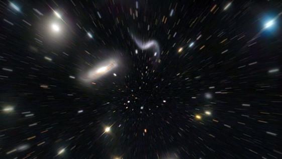 ¿Puede la Teoría de Cuerdas explicar la expansión acelerada del Universo?