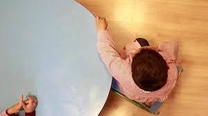 Descubren por qué el autismo es más frecuente en los niños