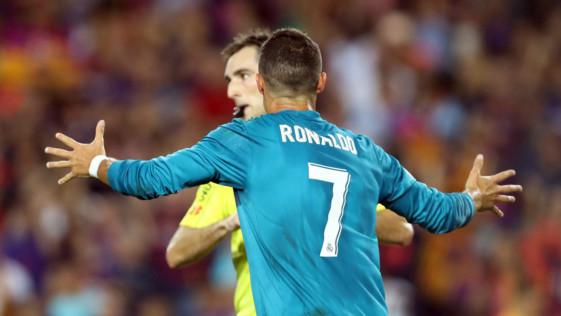 Cristiano, a tres goles de Messi a pesar de Sánchez Arminio