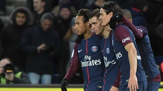 """La UEFA debe actuar ante el PSG por la reunión de sus ultras con Dani Alves: """"Que los madrileños sientan lo que es venir a París"""""""