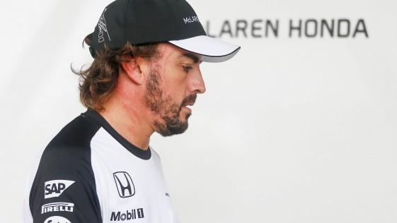 Vuelven los cuellos XXL de los pilotos a la F1