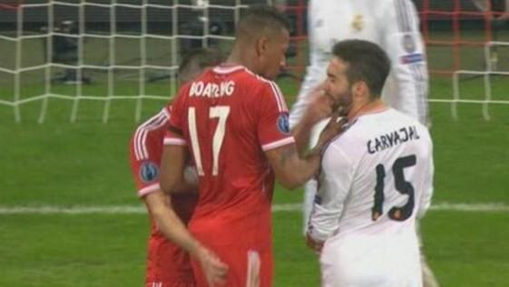La cobarde bofetada de Ribéry a Carvajal