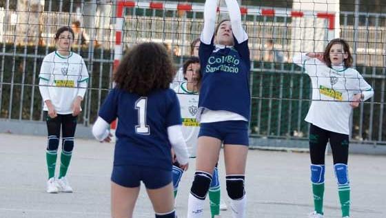 Voleibol: Las sénior lucharán por un puesto en las semifinales