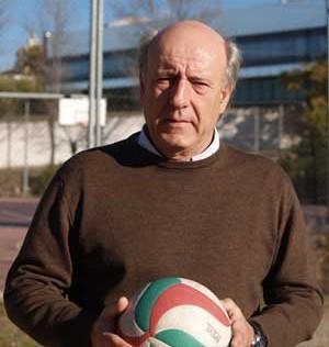 """Francisco Díaz López-Oliva: """"El voley engancha a los jóvenes"""""""