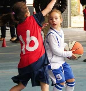 "Baloncesto: Mater Immaculata ""A"" y Jesús María encabezan la fase final infantil femenina"