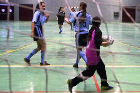 Las chicas, protagonistas de la novena jornada en futsal y voley
