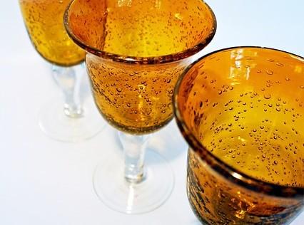 Respuesta a un viejo enigma: ¿el vidrio es sólido o líquido?