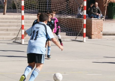 Futsal: Los benjamines de Valdefuentes, Amor de Dios, Loreto y Gutenberg, líderes invictos
