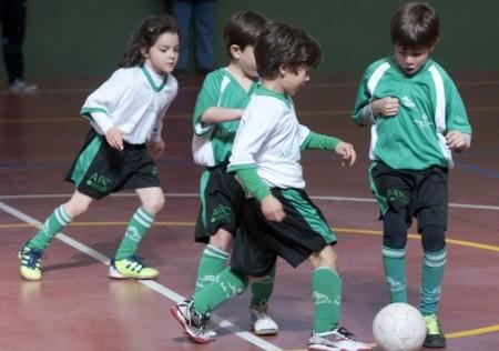 El fútbol mejora tus notas