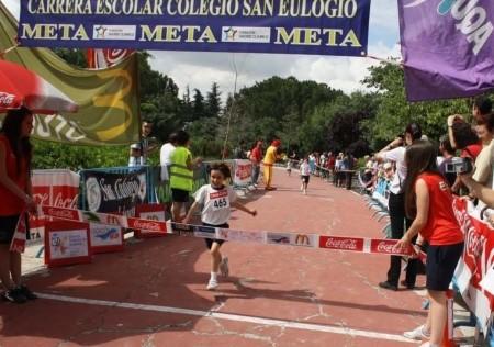 San Eulogio organiza su carrera escolar y el torneo de vóley