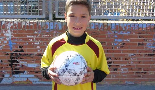 """Rodrigo: """"Lo más difícil son los tiros con la zurda y el zigzag con balón"""""""