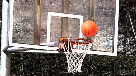 Baloncesto: Saint Louis e Irlandesas tras la última victoria