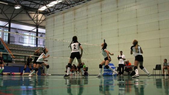 Los claretianos copan las semifinales de voleibol
