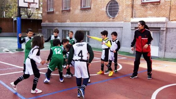 """Baloncesto: El prebenjamin """"santanero"""" cierra el año con victoria"""