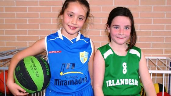 Olivia y Marta: «En el campo nos gusta jugar y pasarlo bien»