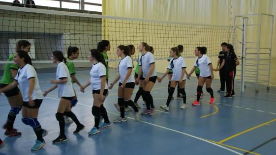 Las mejores imágenes del partido de voleibol entre el Santa Ana Y San Rafael y Sagrados Corazones