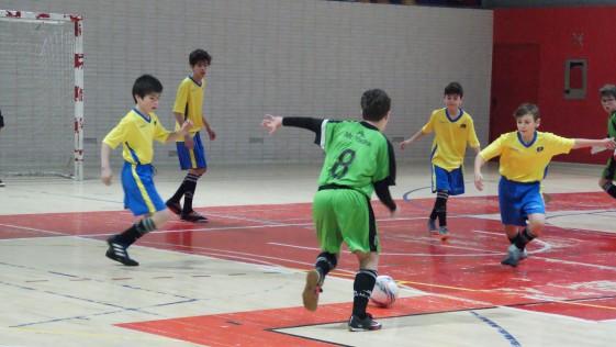 """Las mejores imágenes del partido de fútbol sala entre Decroly y Jesús Maestro """"B"""""""