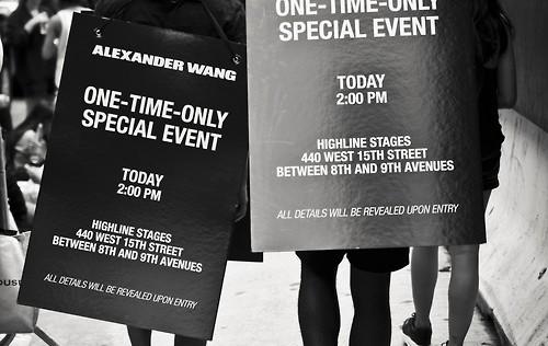 Alexander Wang regala ropa