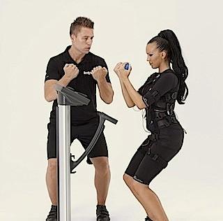 ¿Una gimnasia con electrodos que endurece y adelgaza en 20′ semanales?