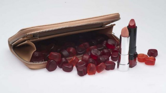 Gominolas reafirmantes, chocolatinas antiarrugas, chicles que activan la libido…