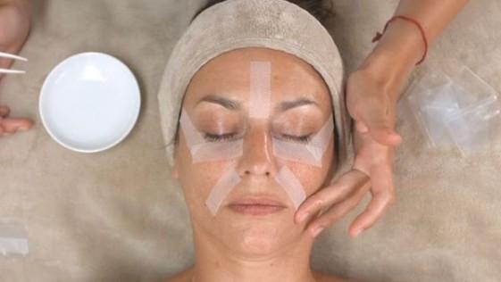 Una mascarilla que contiene ácido hialurónico 40 veces más concentrado que el de las cremas
