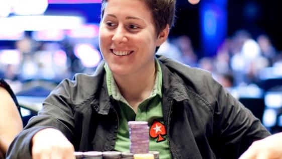 Vanessa Selbst, la jugadora de póker que más dinero gana