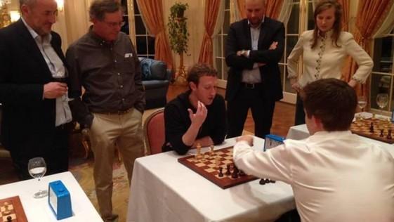 Carlsen, sobre Zuckerberg: «Es increíble lo rápido que aprende»