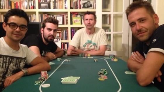 Diez consejos para organizar una timba casera de póker